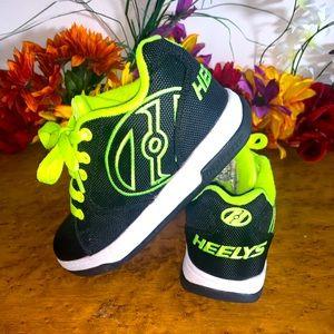 Heelys Green & Black NWOT SZ 4Y